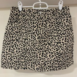 Know One Cares leopard mini skirt